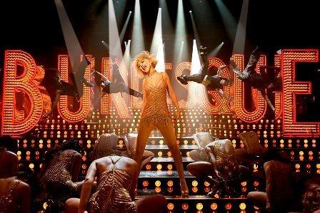 クリスティーナ・アギレラ初出演映画『バーレスク』より(C) 2010 Sony Pictures Digital Inc. All Rights Reserved (c)Listen Japan