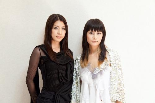 柴咲コウが新作PVで竹内結子(写真左)と初共演 (c)Listen Japan