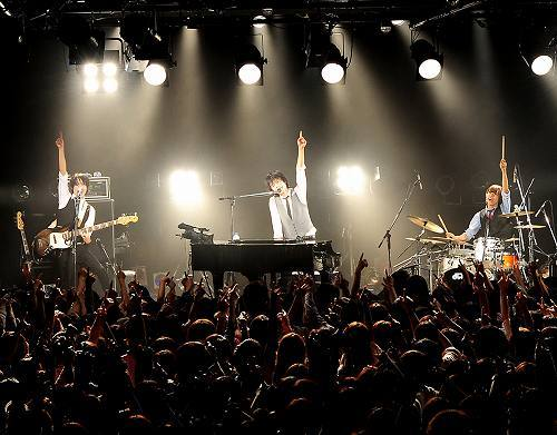 恵比寿LIQUIDROOMでワンマンライブを開催したWEAVER (c)Listen Japan