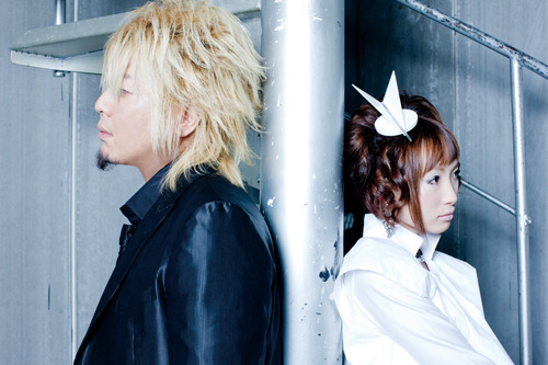 シングルも大ヒットを記録した2010年の締め括りに、アルバムリリースとイベント開催が決定したfripSide (c)ListenJapan