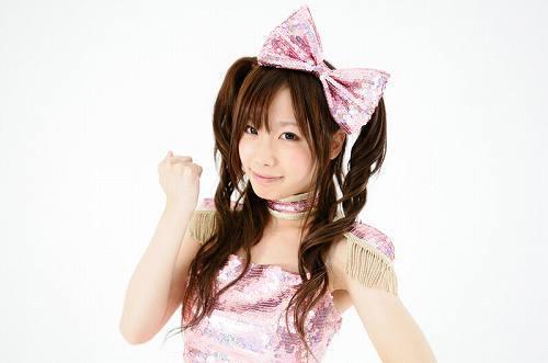 動画投稿サイトから生まれたアイドル、愛川こずえ (c)Listen Japan