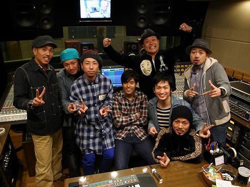 Kとのコラボレーション曲をリリースしたET-KING (c)Listen Japan