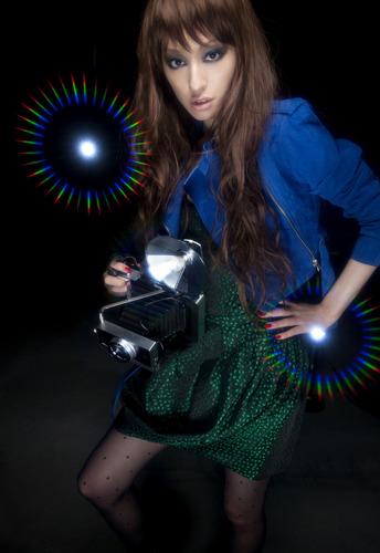 11月リリースの「可能性ガール」に続き、早くも新曲のリリースが決定した栗山千明 (c)ListenJapan