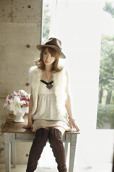 1stアルバム『LOVE Lily.』を発売したLily. (c)Listen Japan