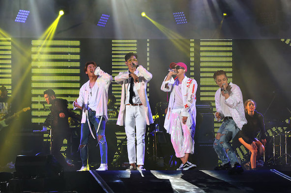 8月27日(土)@東京・味の素スタジアム(BIGBANG) (okmusic UP\'s)