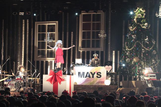 クリスマス・ワンマンライヴを開催したMAY'S (c)Listen Japan