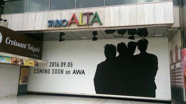 新宿アルタ1階のシャッター (okmusic UP's)
