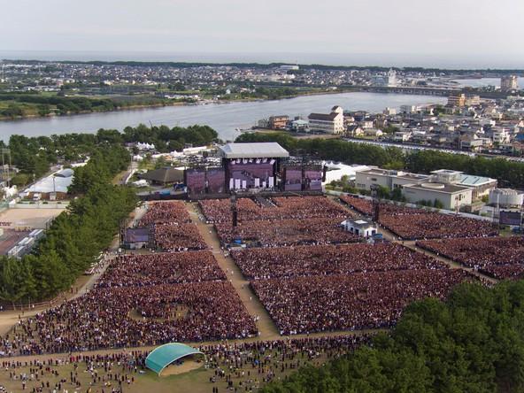 『ONE OK ROCK 2016 SPECIAL LIVE IN NAGISAEN』(HEXaMedia) (okmusic UP's)