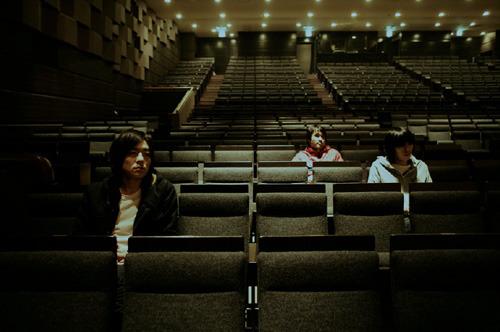 2年ぶりに新作をリリースするメレンゲ (c)Listen Japan