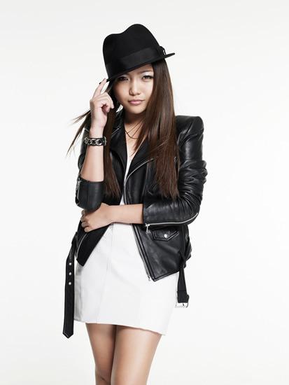「徹子の部屋」に出演するアジアの歌姫、シャリース (c)Listen Japan