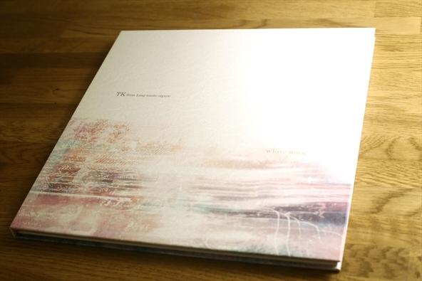 アルバム『white noise』初回生産限定豪華盤イメージ画像 (okmusic UP's)