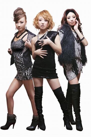 湘南発、キャバ嬢ユニットBABYDOLLSがデビュー (c)Listen Japan