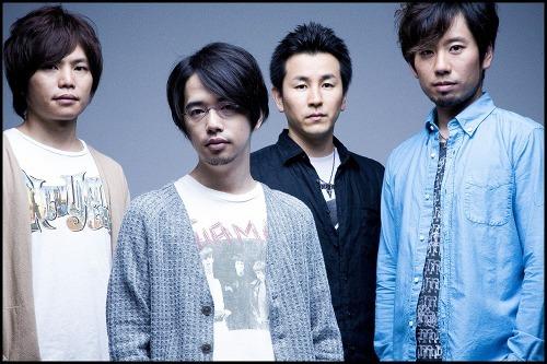 日本のロックシーンを盛り上げる為、自身の手でフェスを運営しているASIAN KUNG-FU GENERATION (c)ListenJapan