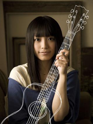 ファーストアルバム『guitarissimo』をリリースするmiwa (c)Listen Japan