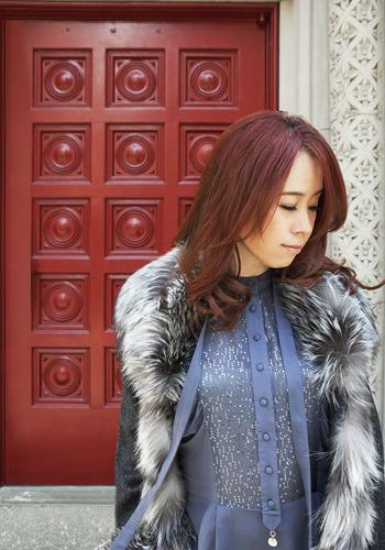 KalafinaやFictionJunctionのプロデュース、自身のソロワークなど、精力的に活動を行う梶浦由記 (c)ListenJapan
