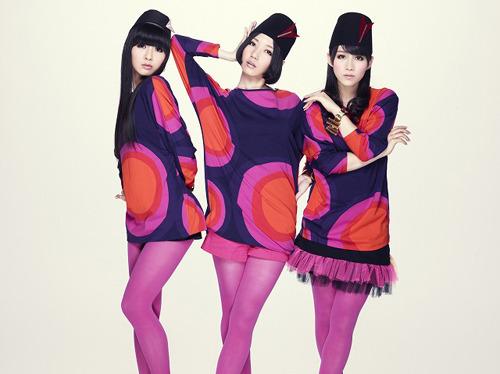 2011年初となるシングルをリリースするPerfume (c)Listen Japan