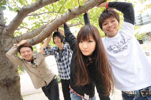 『RUSH BALL☆R』に出演する現在、注目中の若手メロコアバンドSpecialThanks (c)Listen Japan