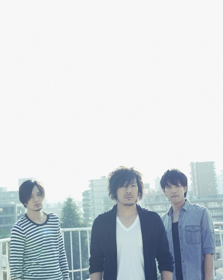 シングル「はなびら」でメジャーデビューしたback number (c)Listen Japan