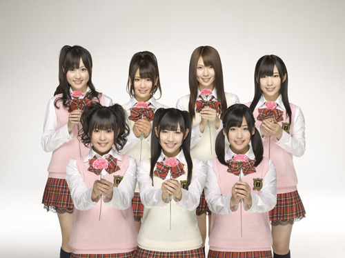 母の日のキャンペーンソングを着うた配信する渡り廊下走り隊7 (c)Listen Japan