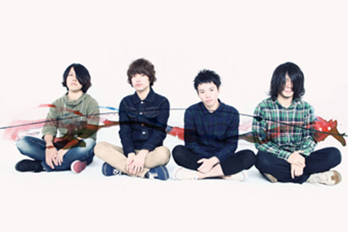 バンド初となるフルアルバムを発売するcinema staff (c)Listen Japan