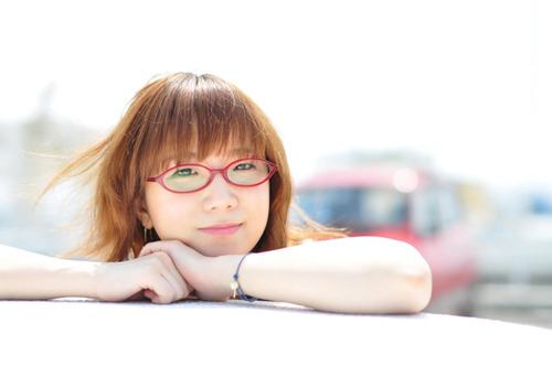 復興支援の為、新曲を配信リリースする奥華子 (c)Listen Japan
