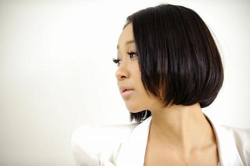 5月に13thシングルをリリースする青山テルマ (c)Listen Japan