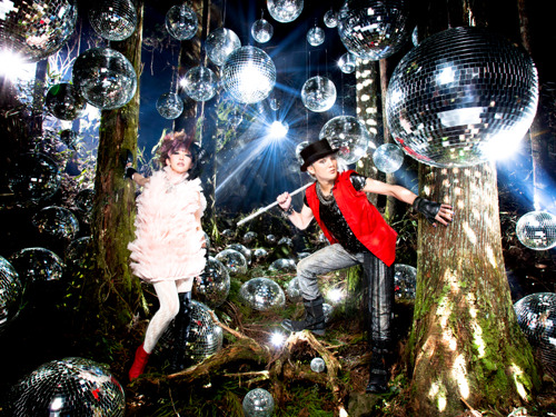 1年9ヶ月ぶりのフルアルバムをリリースするangela (c)ListenJapan