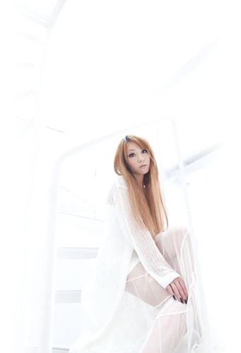 待望のソロ1stアルバムをリリースするnao (c)ListenJapan