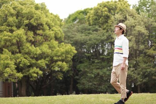 新曲「想色コーディネート」着うたフル(R)を期間限定特別価格で配信する九州男 (c)Listen Japan