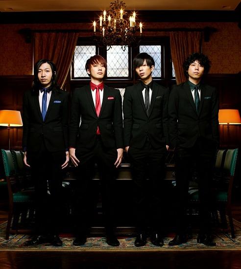3rdアルバムのインストア・ライヴツアーを開催するTHE BAWDIES (c)Listen Japan