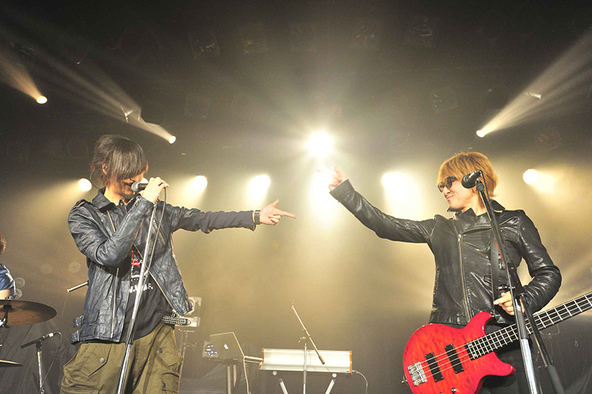 「10 Days of GLORY -10 Counts for Destruction-」@恵比寿LIQUIDROOM (okmusic UP's)