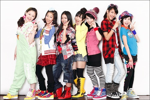 平均年齢13.5歳、7人組アイドルユニットPEACEFUL(ピースフル)がデビュー (c)Listen Japan