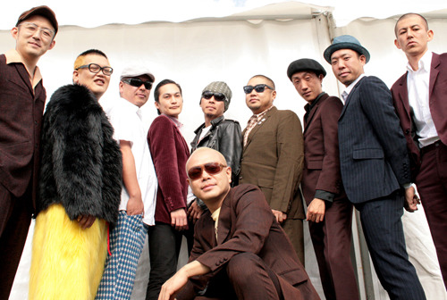 公開収録ライブ『ALTERNA JPN2011』に出演する日本を代表するスカバンドOi-SKALLMATES (c)Listen Japan