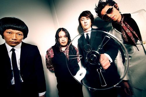 新曲「Kill your idol」のフルPVを公開したKING BROTHERS (c)Listen Japan