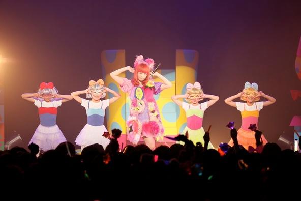 きゃりーぱみゅぱみゅ 「KPP NANDA COLLECTION WORLD TOUR 2014」東京公演 (okmusic UP\'s)