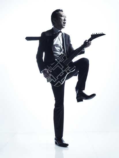 『RISING SUN ROCK FESTIVAL 2011』に出演が決定した布袋寅泰 (c)Listen Japan