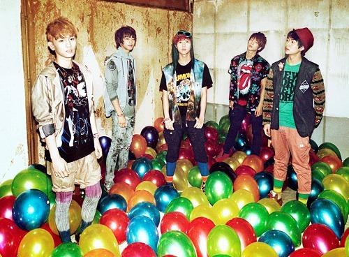 日本デビューする韓国5人組グループ、SHINee (c)Listen Japan