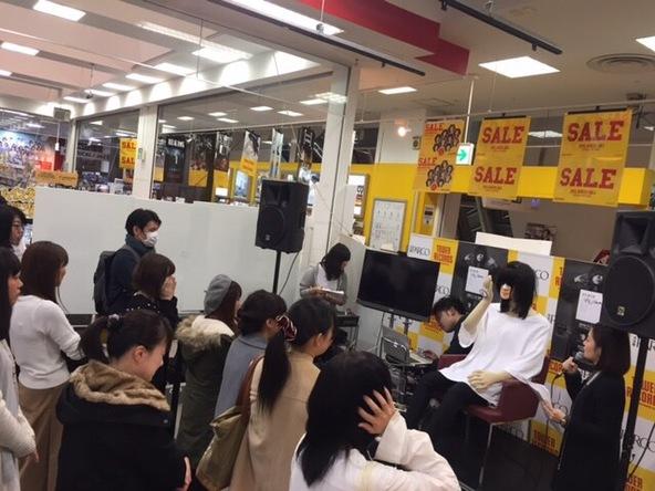 12月1日@タワーレコード名古屋パルコ店 (okmusic UP\'s)