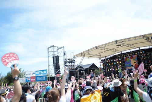 昨年は、快晴の中多くのオーディエンスが来場した『MIYAKO ISLAND ROCKFESTIVAL 2011』 (c)Listen Japan