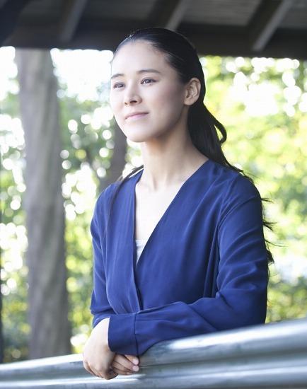 スタジオジブリ製作の『コクリコ坂から』の主題歌を歌う手嶌葵 (c)Listen Japan