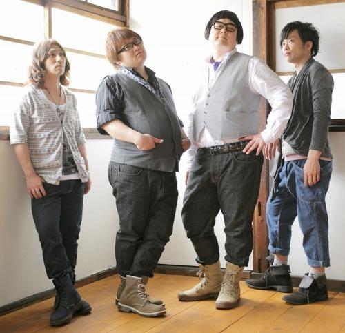 ルックスと音楽性のギャップが武器!?のロックバンド、アシガルユース (c)Listen Japan