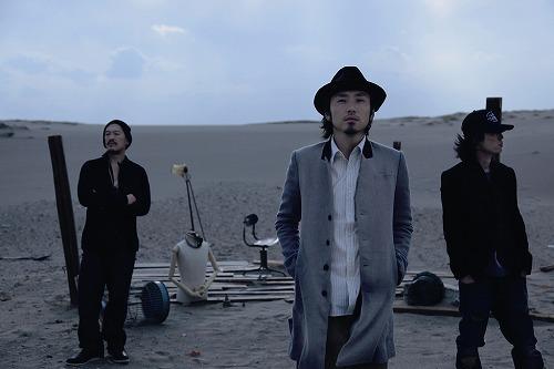 アニバーサリー企画第1弾でアルバムとライブDVDを同時発売するACIDMAN (c)Listen Japan