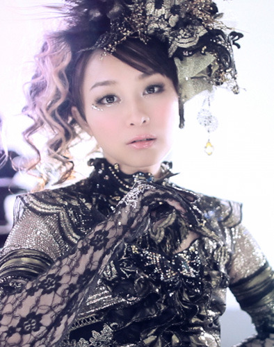 7月1日には配信限定チャリティシングルもリリースした今井麻美 (c)ListenJapan