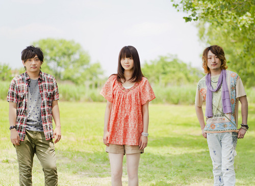 両A面ニューシングル発売に先駆け新曲を着うた配信するいきものがかり (c)Listen Japan