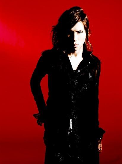 5ヶ月連続シングルリリースを発表したAcid Black Cherry (c)Listen Japan