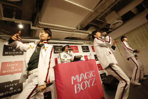 12月28日@渋谷HMV&BOOK (okmusic UP's)
