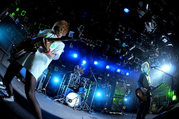 6月6日@ 渋谷CLUB QUATTRO (okmusic UP's)