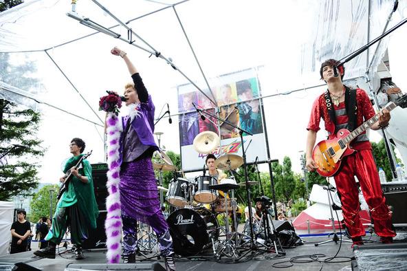 カスタマイZ、フリーライブ@ダイバーシティ東京(1) (okmusic UP's)