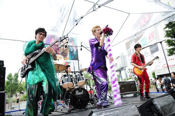 カスタマイZ、フリーライブ@ダイバーシティ東京(3) (okmusic UP's)