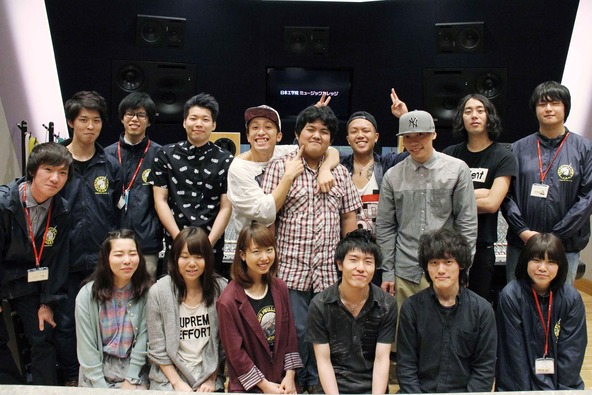 BACK-ON&日本工学院生徒 (okmusic UP's)